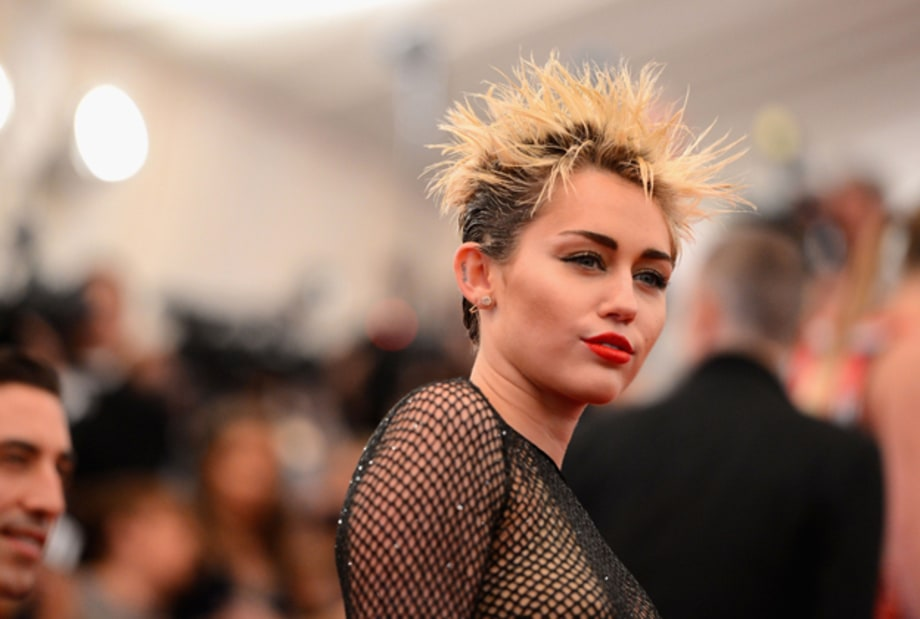 Stars Go Punk at Met Gala