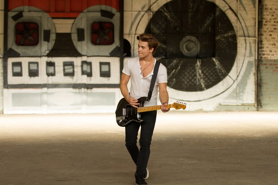 Hunter Hayes' 'Tattoo' Video: Behind-the-Scenes Photos