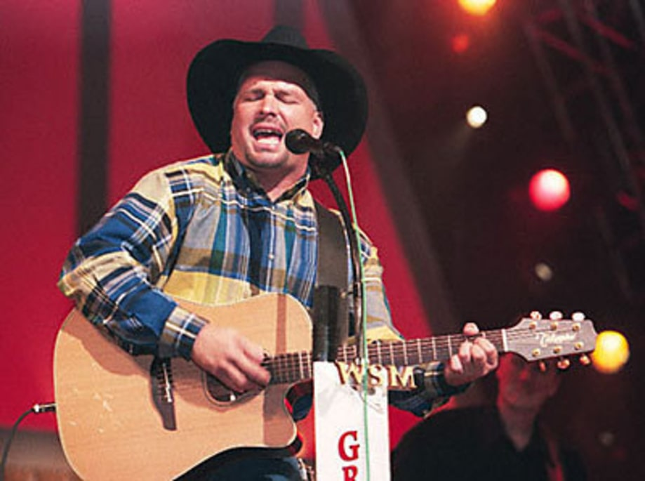 Garth Brooks GrandOle02