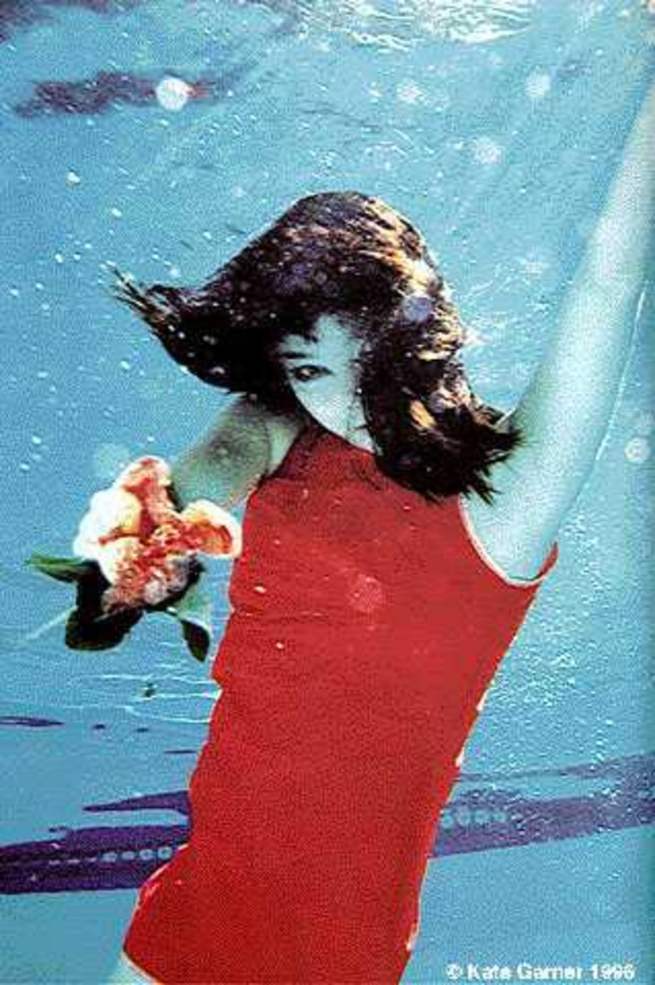 Bjork goes down under water