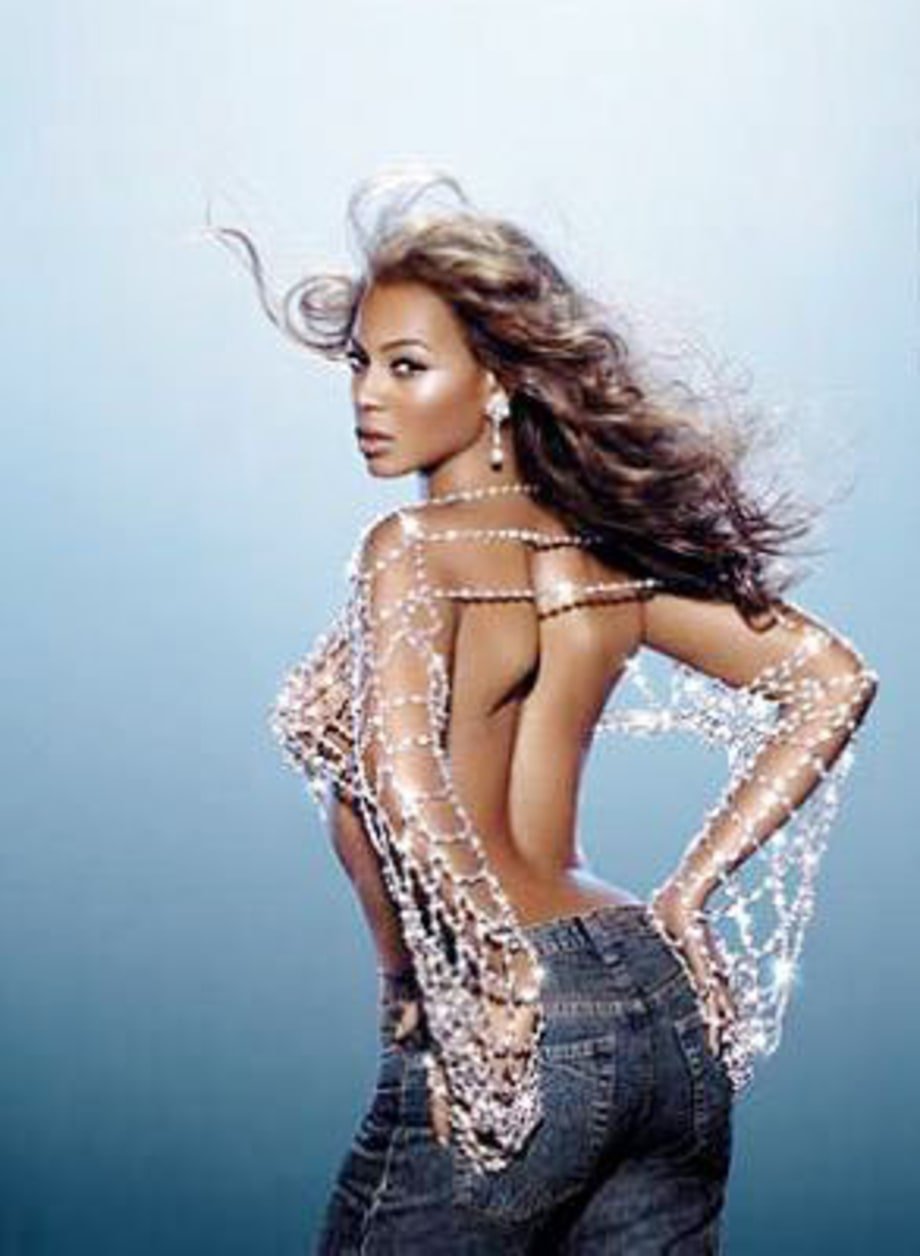 Beyonce2_gallery_082503