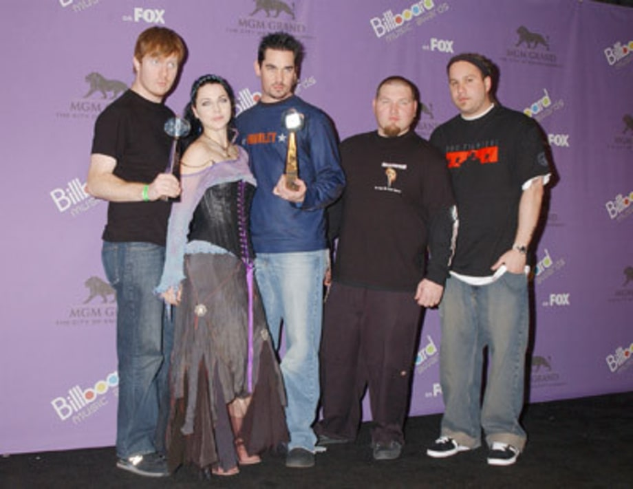 Evanescence_2003BillboardAwards_MGMGrandLVNV_12100