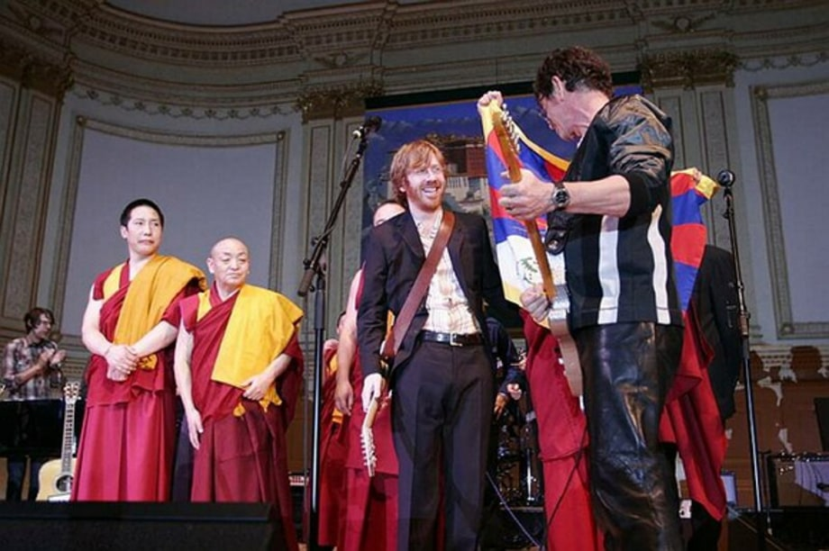 Show Finale 6 - Tibet House Benefit 2/9/05 large