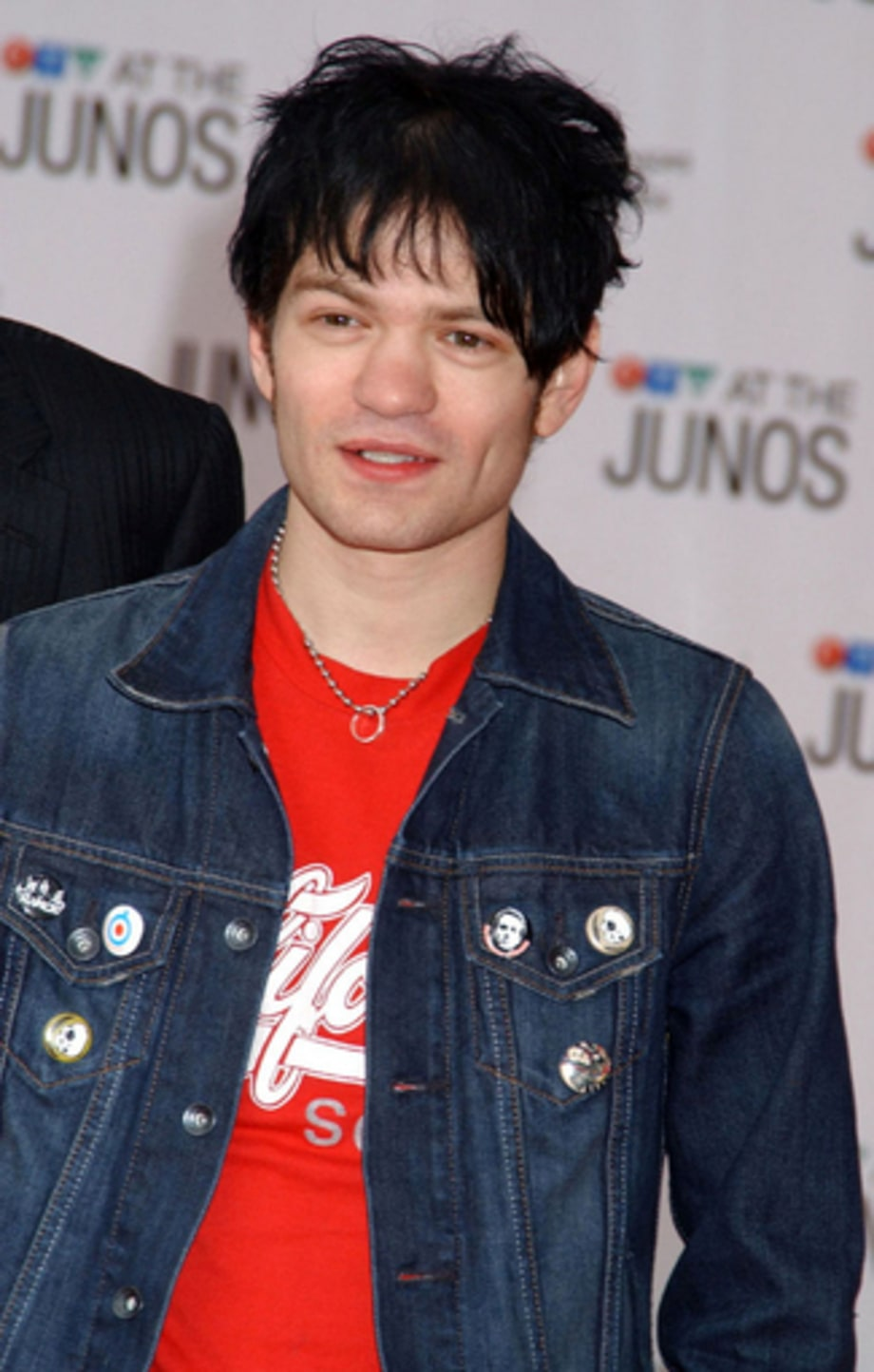 Sum 41 2 - 34th Annual Juno Awards 4/3/05 large