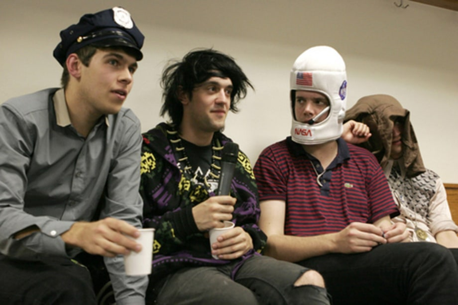 Klaxons Backstage: Band interview
