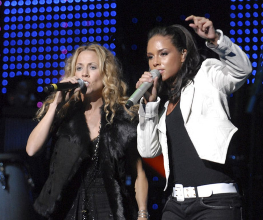 BLACK BALL: Alicia performs w Sheryl