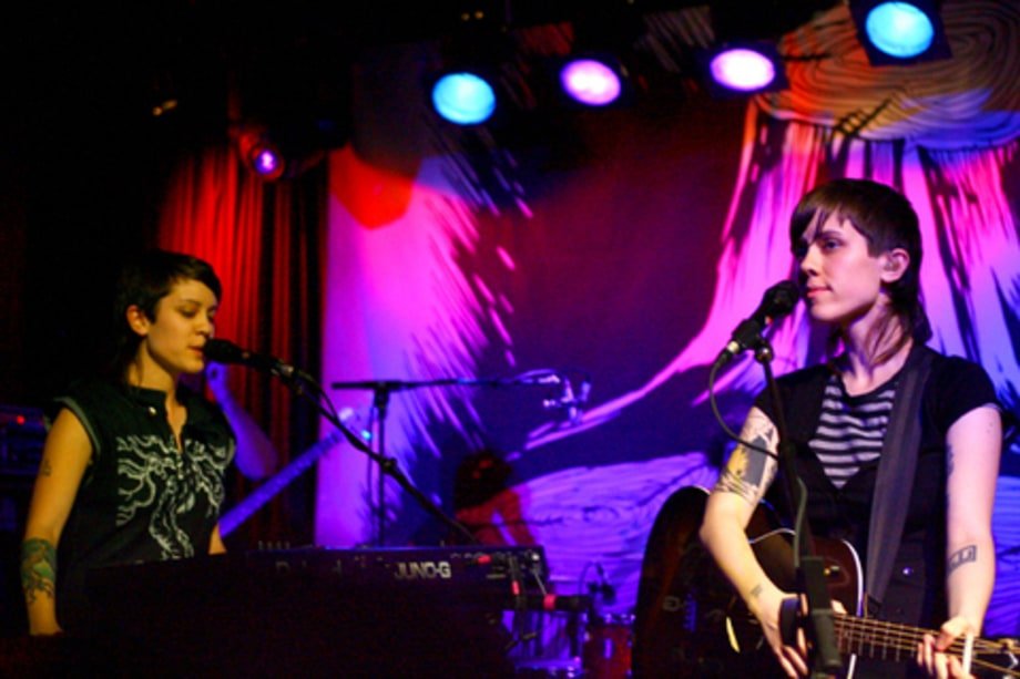 RANDOM NOTES:  August 3, 2007: Tegan and Sarah (Aug 1)