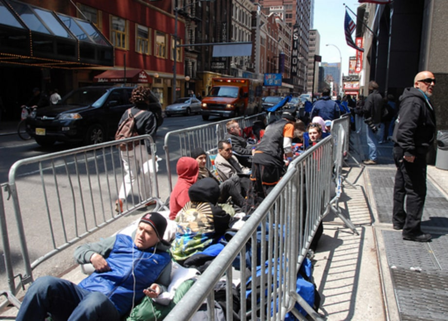 Madonna @ Roseland: Fans camping