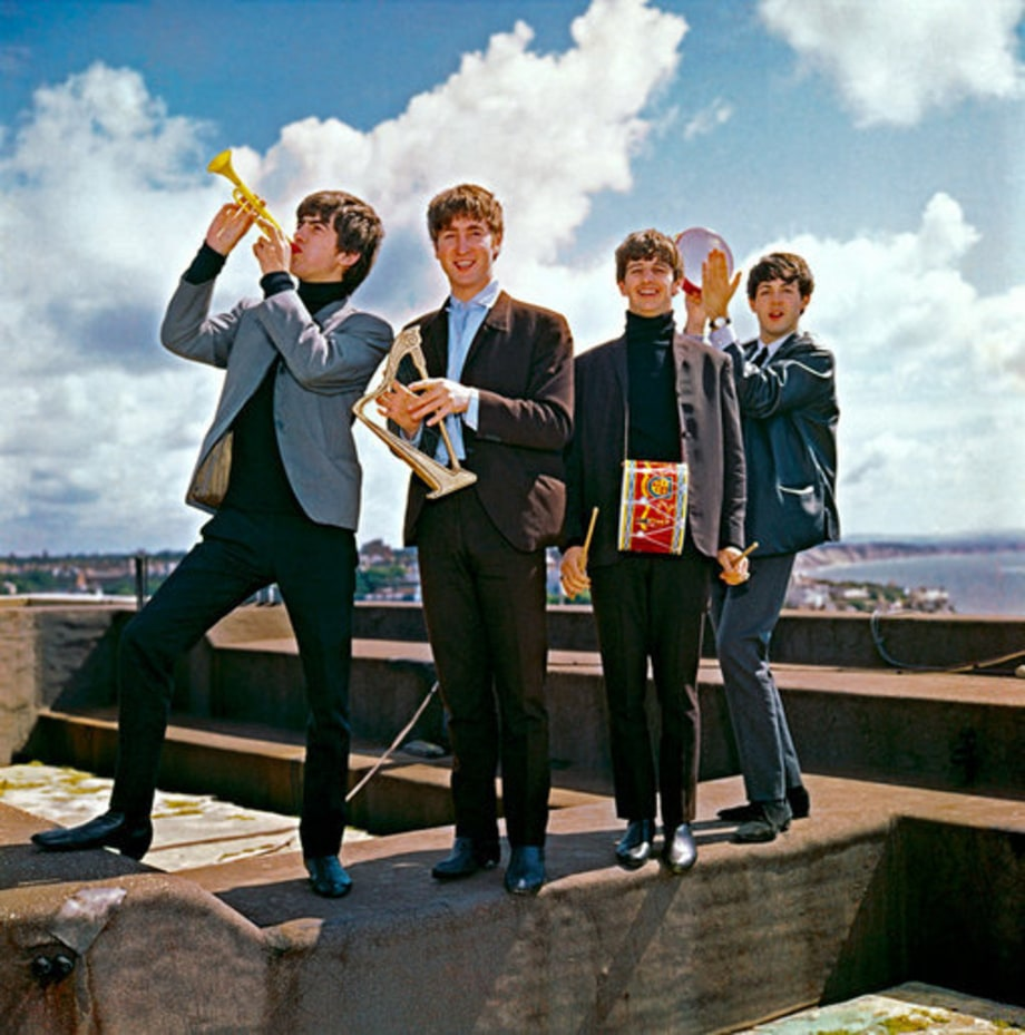 Beatles Timeline: 1964: Rooftop instruments