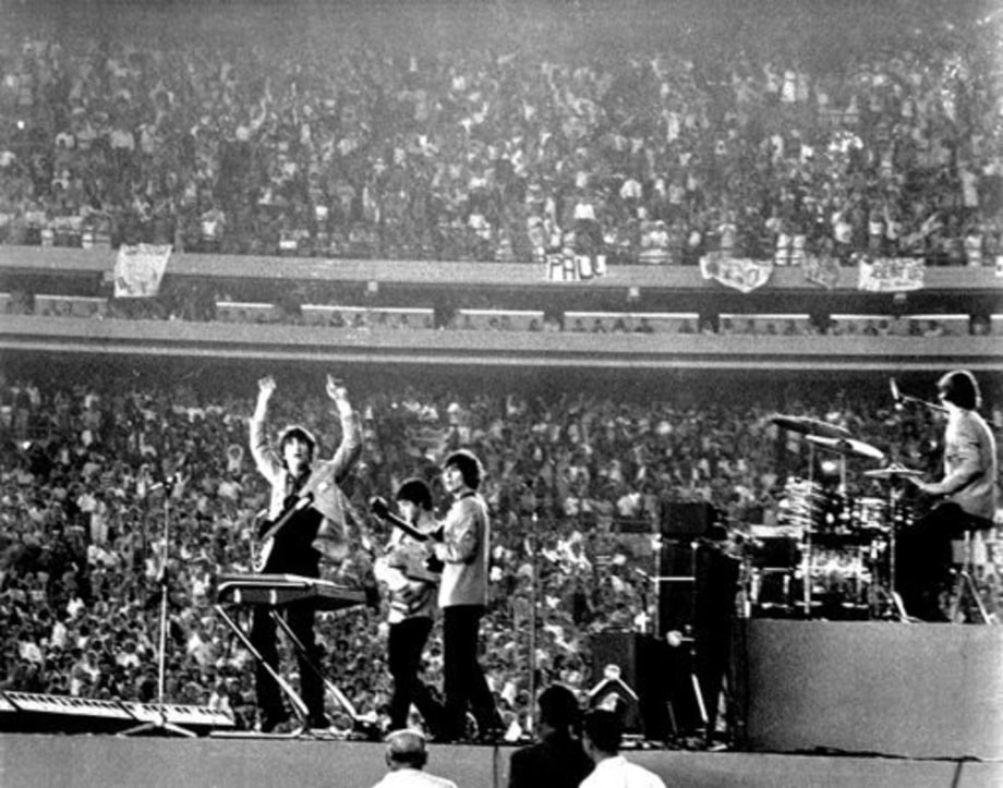 Beatles Timeline: 1965: Shea Stadium (august)