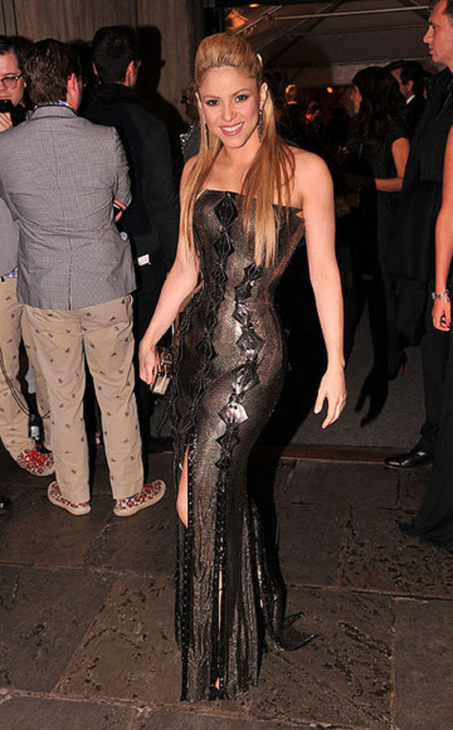 SHAKIRA MOMENTS: 10/19/2009 Whitney Museum Gala