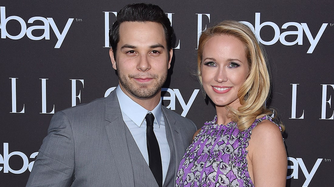 Skylar Astin And Anna Camp Are Engaged: See Her Engagement