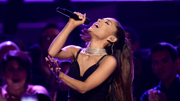 "Watch Ariana Grande Perform ""Jason's Song (Gave It Away)"" With the Roots news"