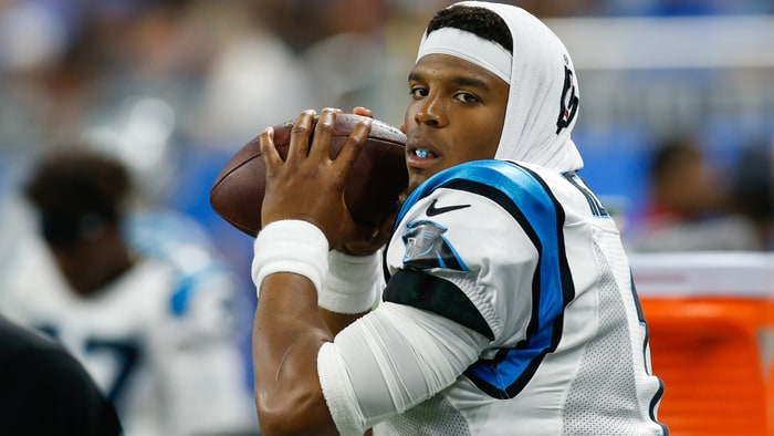 Ed Dickson's career day helps Panthers knock off Lions