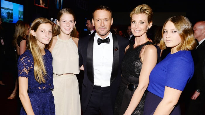 Faith hill wishes tim mcgraw a happy birthday us weekly for How old are faith hill s daughters