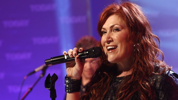 Jo Dee Messina Reveals Cancer Diagnosis, Postpones Tour Dates