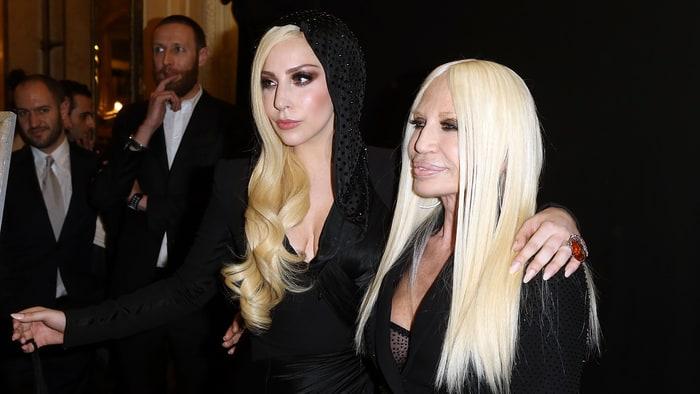 Resultado de imagem para Lady Gaga e Donatella Versace