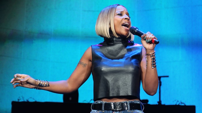 "Mary J. Blige Drops Her New Single ""Thick of It"" news"