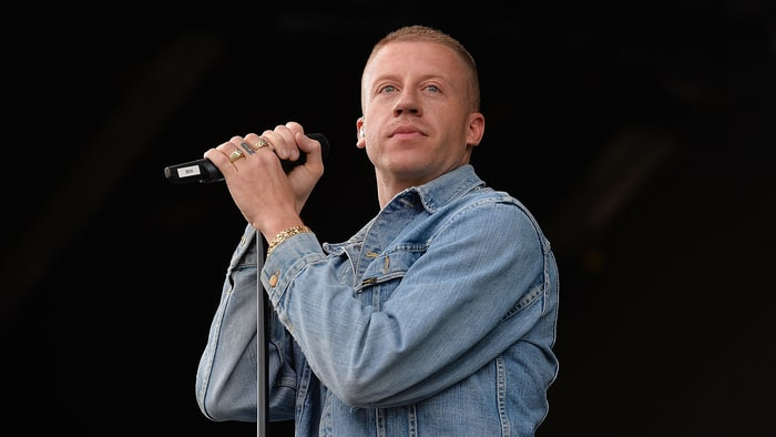 Macklemore Purchased a Nude Justin Bieber Painting off the Internet news