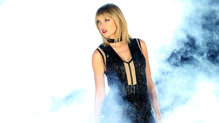 Taylor Swift Donating $1 Million to Louisiana Flood Relief news