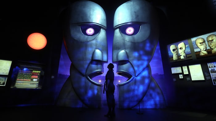 Inside pink floyd 39 s immersive new museum exhibit rolling for Pink floyd exhibition