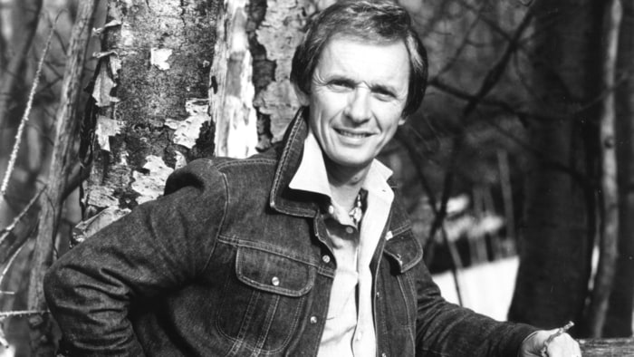 Mel Tillis, country-music legend, dies at 85