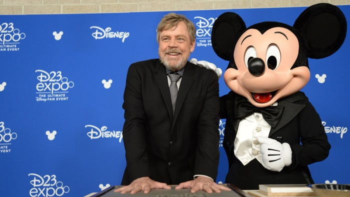 Mark Hamill remembers Carrie Fisher at D23 Expo 2017