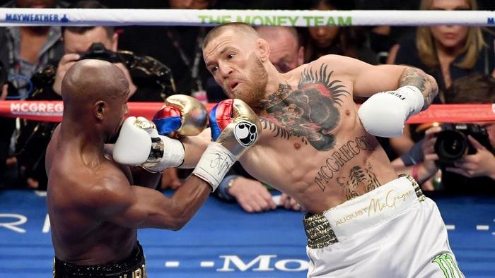 Virat Kohli salutes Conor McGregor after loss against Floyd Mayweather