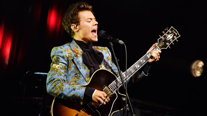 inside harry styles first solo tour one direction covers