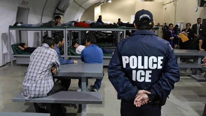 New bill aims to block ICE from identifying as police officers