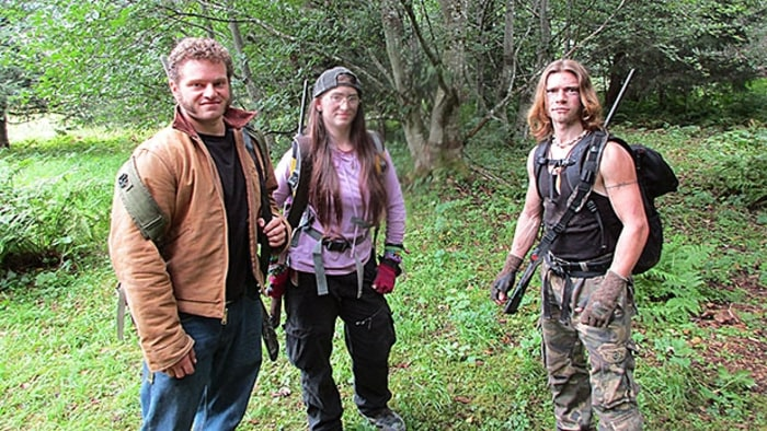 39 Alaskan Bush People 39 Recap Shots Fired Men 39 S Journal