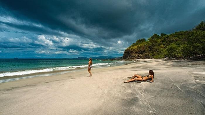 Tamarindo Costa Rica Becomes An American Beach Town Men S Journal