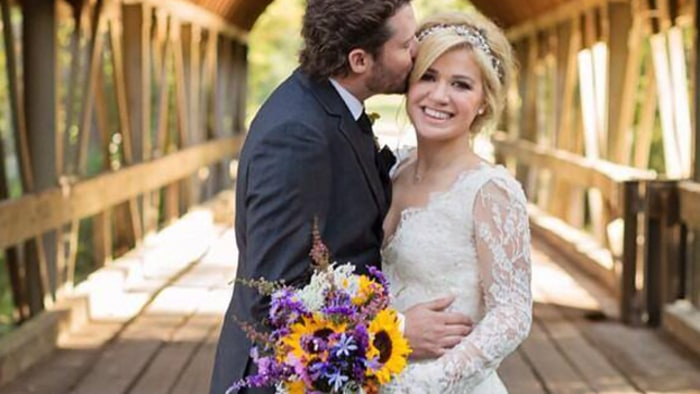 kelly clarkson marries brandon blackstock in tennessee