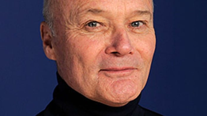 Creed Bratton: Creed Bratton Dishes On Season Eight Of 'The Office