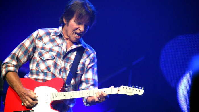 john fogerty addresses 39 fortunate son 39 controversy rolling stone. Black Bedroom Furniture Sets. Home Design Ideas