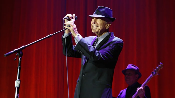 Leonard cohen live album 39 can 39 t forget 39 to feature new for Leonard cohen music videos