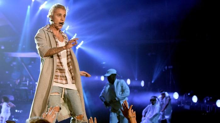 Justin Bieber: il ne supporte plus les cris de ses fans