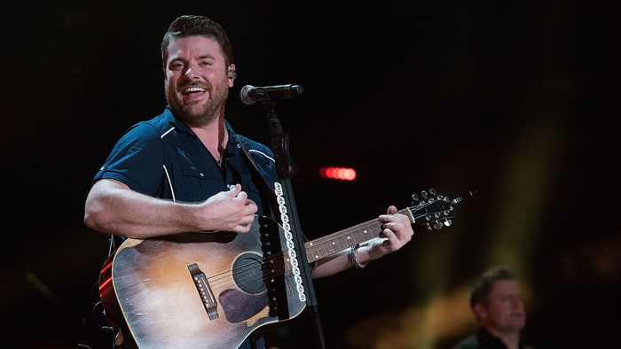 Chris Young Preps First Christmas Album - Rolling Stone