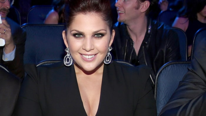 Lady antebellum singer hillary scott is pregnant rolling for Is hillary from lady antebellum pregnant