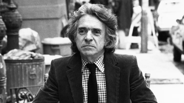 Arthur Hiller, versatile film director of 'Love Story' dies