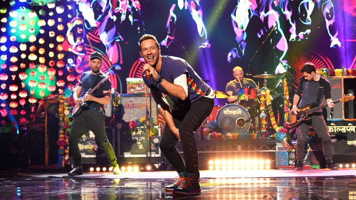 Watch Chris Martin Cover Bruce Springsteen's 'Streets of Philadelphia' Live news
