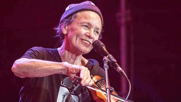 Laurie Anderson, Anohni Lead Stirring Lou Reed Tribute at Lincoln Center news