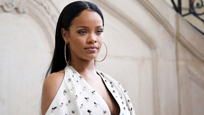 Pop star Rihanna named Harvard University Humanitarian of the Year