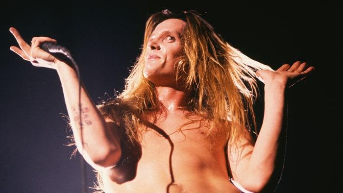 Flashback: See Guns N' Roses Trash MTV Set in 1987 news