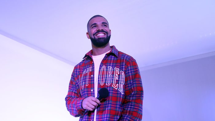 On the Charts: Drake's 'Views' Recaptures Number One news