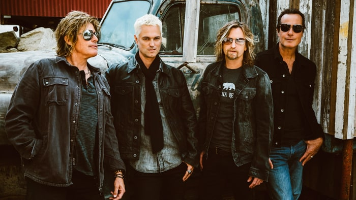 Stone Temple Pilots Announce New Lead Singer & Share Single 'Meadow'