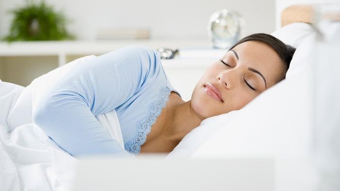 Women Need More Sleep Than Men Because Their Brains Work