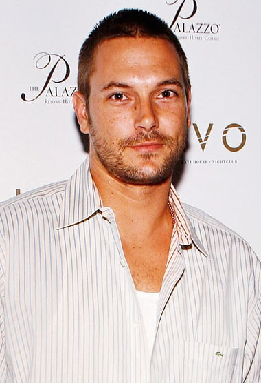 Kevin Federline Slams Beyonce, Claims She's Had Botox and ... Britney Spears Las Vegas