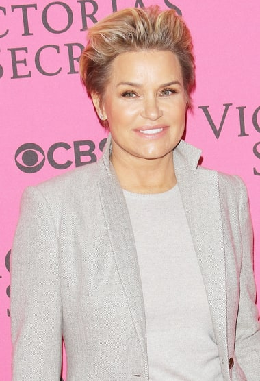 article about yolanda Yolanda hadid is no longer in contact with her former husband david foster and yolanda hadid are no longer in touch on the heels of the 68-year-old music producer's engagement to singer.
