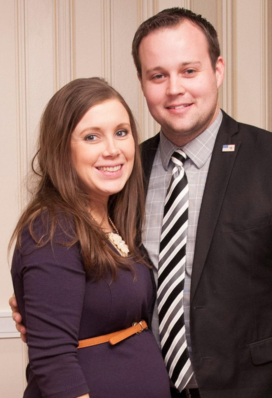 Anna Duggar And Josh
